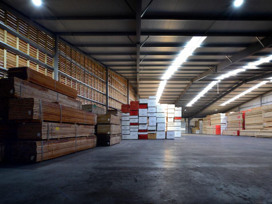 MIDDELBEERS - Opslagloods voor hout voor Viteka. - Remco Ruimtebouw